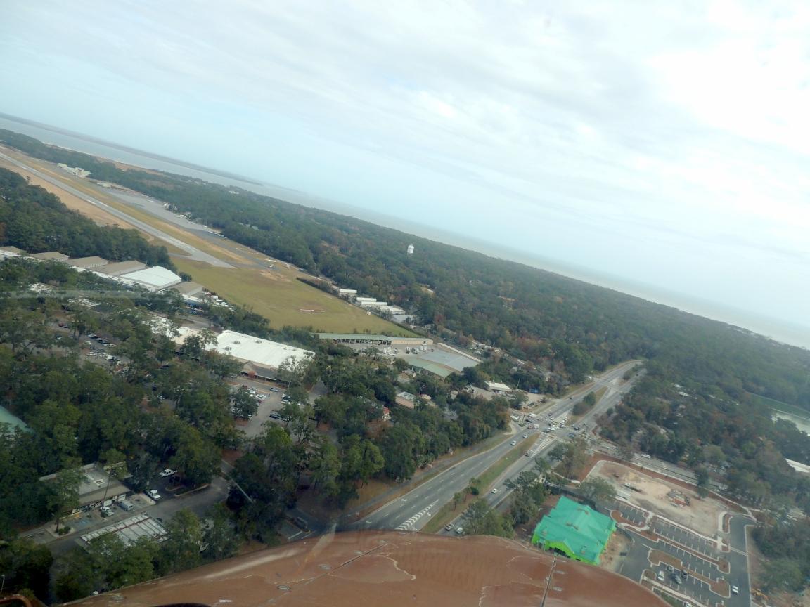 On approach to runway 3 ..... Hilton Head Island SC